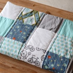 how to make a sweet baby quilt | craftgawker : diy baby quilts - Adamdwight.com
