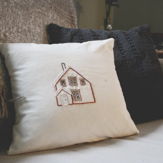 Embroidered House Project + Pattern | The Common Creative ...