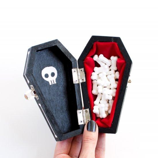 Coffin Gallery Craftgawker