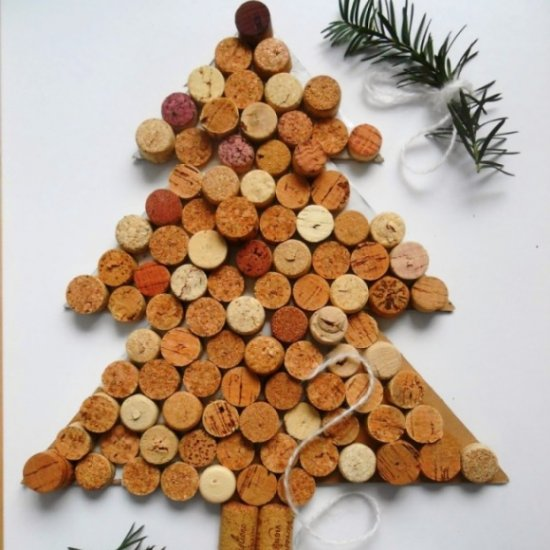 chritmas tree made from wine corks