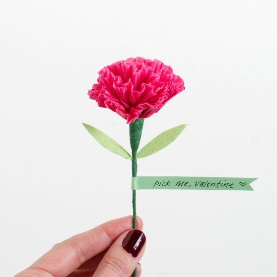 Diy paper flowers gallery craftgawker diy paper carnation valentine mightylinksfo