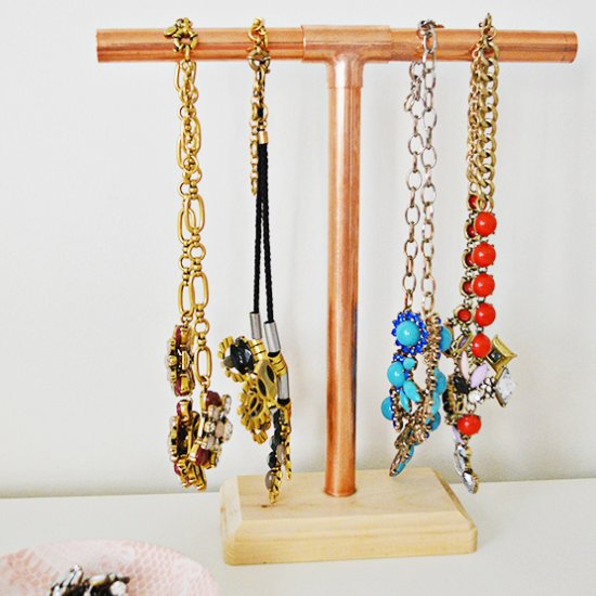 ideas on how to make a jewelry holder