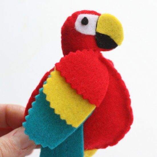 Felt Parrot Craftgawker