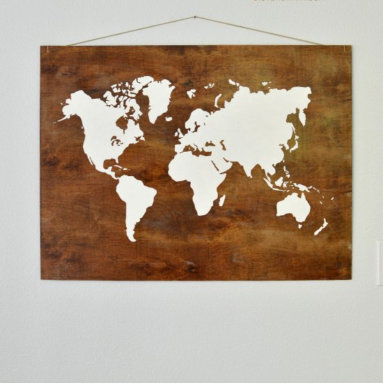 Plywood world map art craftgawker plywood world map art gumiabroncs Images