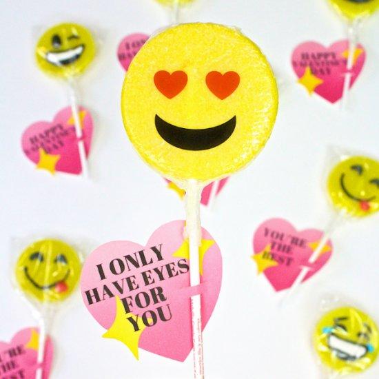 DIY Emoji Sparkle Heart Valentines