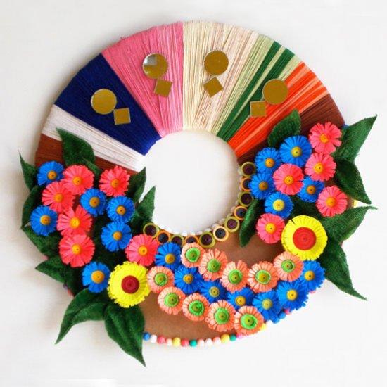DIY Paper Wreath Wall Decoration