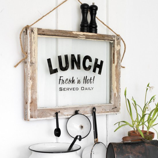LUNCH with an old window