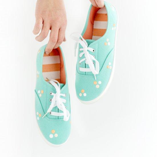 DIY Painted Polka Dot Sneakers