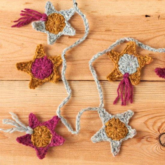 How to crochet a star garland