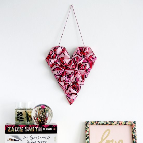 Diy 3D Origami Heart Wall Hanging