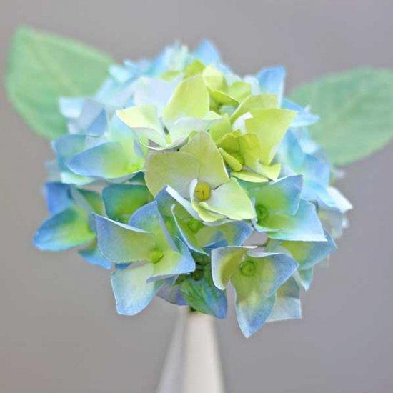 Paper hydrangea flower craftgawker paper hydrangea flower mightylinksfo Gallery
