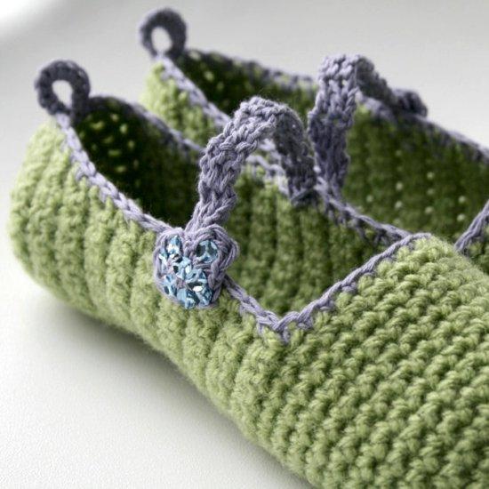 Diy Free Mary Jane Crochet Slipper Craftgawker