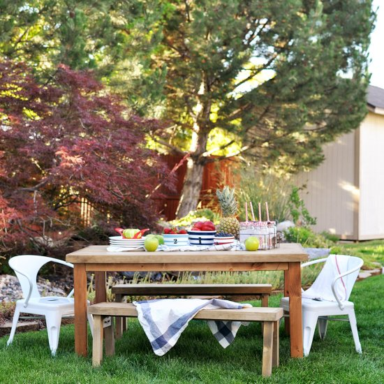 DIY Kids Outdoor Table
