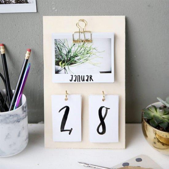 Diy Desk Calendar Craftgawker