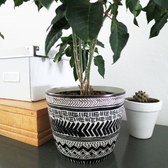 Mud cloth planter