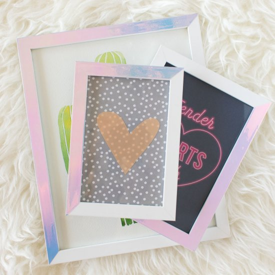 Holographic Photo Frames