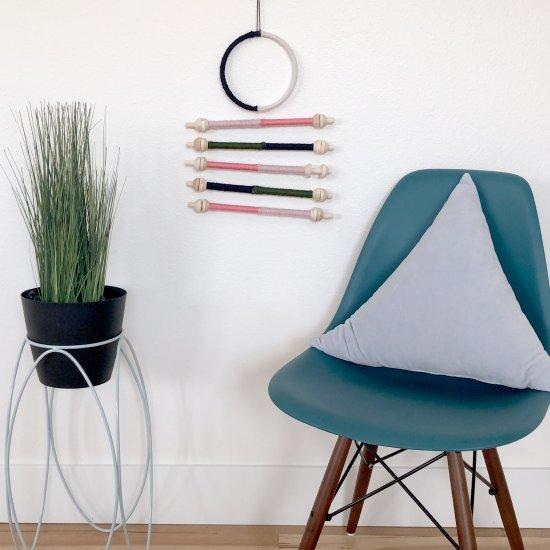 diy yarn wall decor | craftgawker