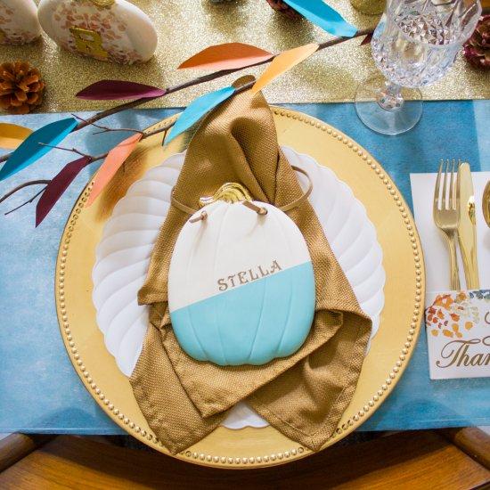 ... Modern Thanksgiving Table Ideas