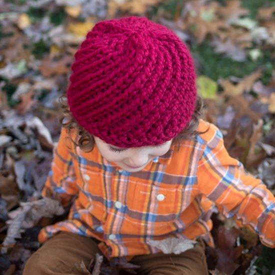 ... Kids Swirl Hat Knitting Pattern 7a1bc471ab4