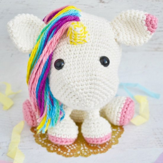 Crochet Unicorn Pattern- 32 Free Crochet Patterns ⋆ DIY Crafts | 550x550