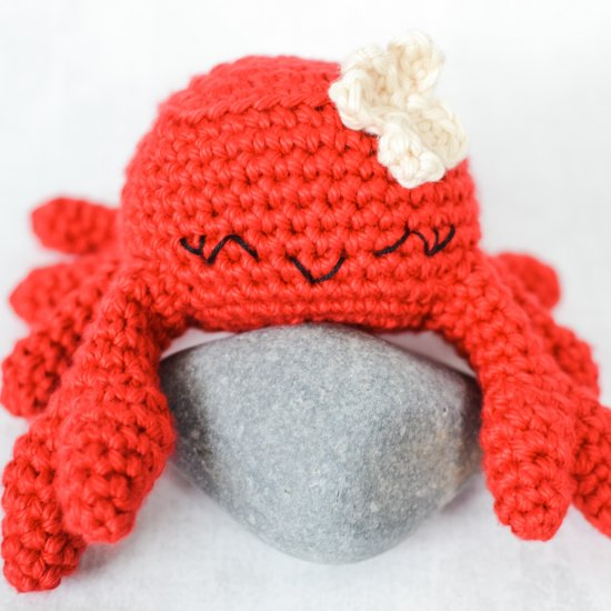 Celia The Crab Crochet Pattern